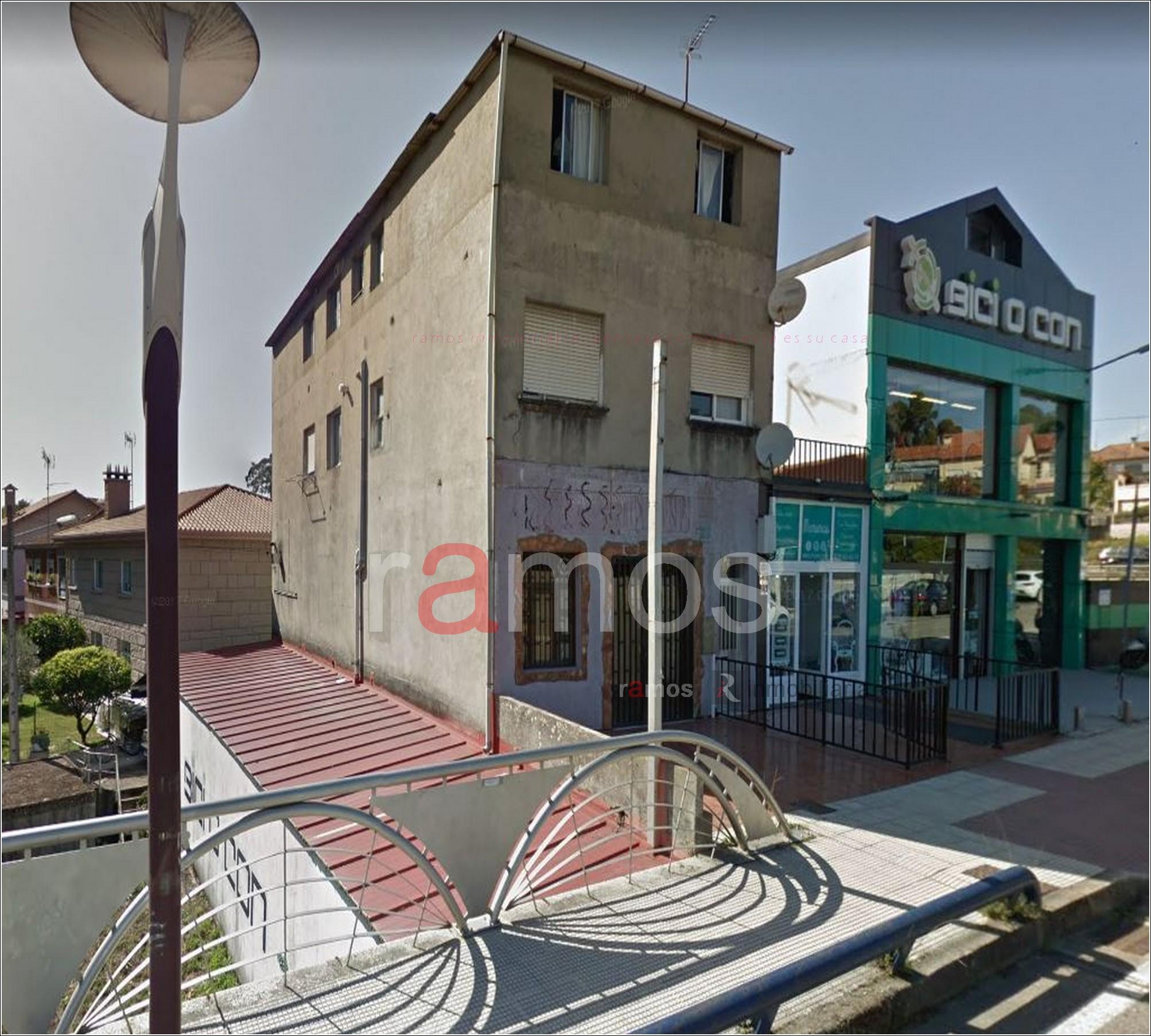 Edificio en la zona de Castrelos